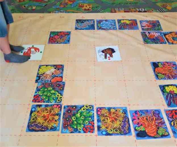 Klucz doprogramowania dladzieci - gra dywanowa wśród rafy koralowej.
