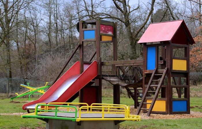 Najbardziej popularne ilubiane zabawy podwórkowe