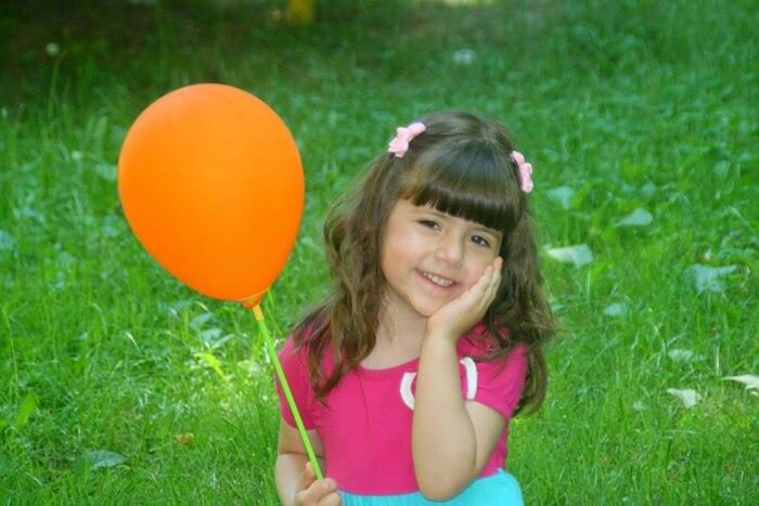 Zabawy oddechowe - nadmuchiwanie balonika