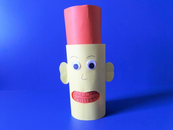 Jak przekonać dziecko do mycia zębów-ludzik z papieru-składanie rolek