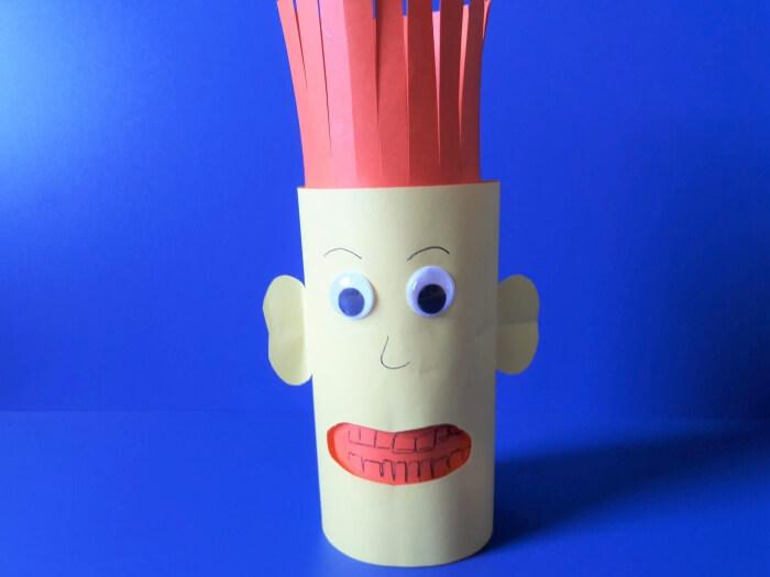 Jak przekonać dziecko do mycia zębów-ludzik z papieru- nacinamy włosy